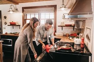 Gusseisenbräter für den Ofen